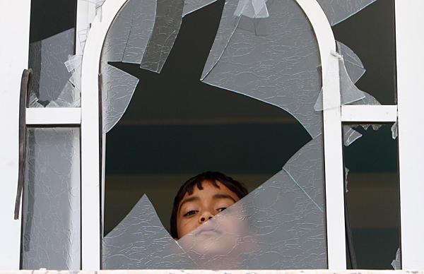 شیشه شکسته