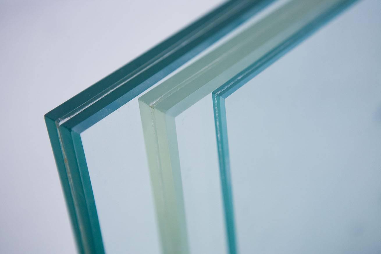 نتیجه تصویری برای شیشه سکوریت چیست