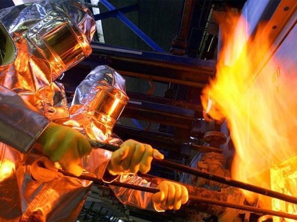 سفر به درون مذاب ۱۲۰۰ درجه – نحوه تولید شیشه