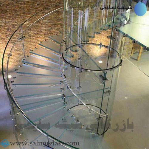 پله شیشه ای و معماری